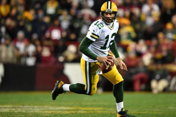 Aaron-Rodgers-Green-Bay-Packers-make-magic-happen-KO-New-York-Giants